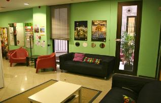 Barcelona hostel, Barcelona youth hostel, Barcelona backpackers hostels